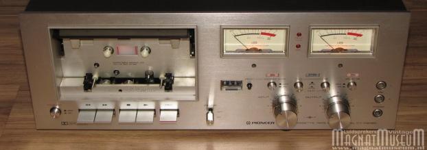 Pioneer CT-F8080 b