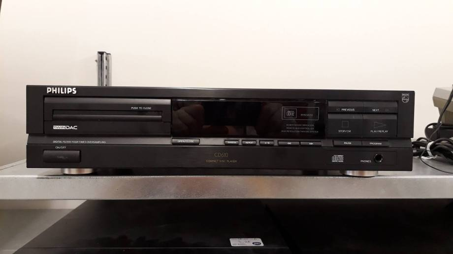 PHILIPS CD-610.jpg